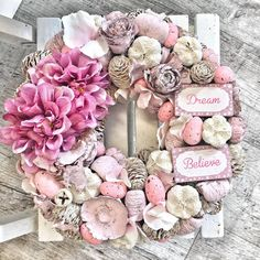 How to Make an Easter Wreath - Castle Random Valentine Wreath, Christmas Centerpieces, Easter Wreaths, Pink Christmas, Diy Wreath, Flower Crafts, Flower Decorations, Bunt, Floral Wreath