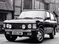Range Rover Classic. Only the truest of men are allowed to procure these vehicles.
