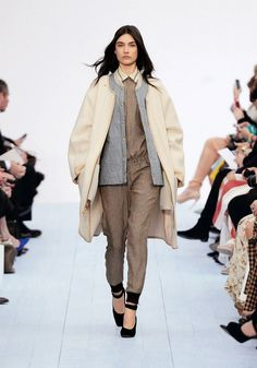 Chloé Winter 2012/2013 Ready To Wear Collection neutral extravaganza