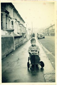 A 1950s car driver - St Georges Road Hastings