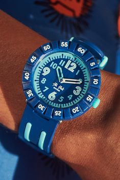 Combining rich dark blue with light blue stripes, the two-tone look of BLUE4U (ZFCSP094) is an inspiring and innovative design and would make a great gift for kids with style. A precise and reliable Swiss-made accessory, this is a true star of our collection of water resistant watches for kids. Gifts For Kids, Great Gifts, Dark Blue, Light Blue, Innovation Design, Blue Stripes, Rolex Watches, Swatch, Two By Two