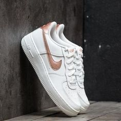 $41.23  Free Shipping NIKE AIR FORCE 1 '06 @ Nike Store https://www.isavetoday.com/deal-detail/41-23-free-shipping-nike-air-force-1/5360