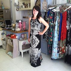 Love this maxi it's so pretty you can wear it with converse :)