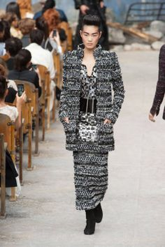 Chanel Fall 2013 Couture Runway - Chanel Haute Couture Collection