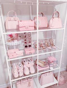 Girl Bedroom Designs, Room Ideas Bedroom, Girls Bedroom, Bedrooms, Rich Girl Bedroom, Girly Bedroom Decor, Fancy Bedroom, Baby Pink Aesthetic, Aesthetic Rooms