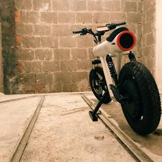 Electric Motorcycle Pocket Rocket by Sol Motors- lightning electric motorcycle - Diy Electric Car, Electric Bicycle, Electric Scooter, Motorcycle News, Cruiser Motorcycle, Motorcycle Touring, Girl Motorcycle, Motorcycle Quotes, Lightning Electric