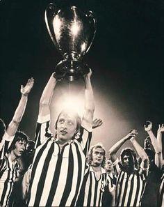 Ajax win European Cup