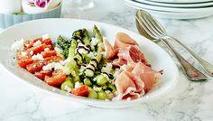 Uunipaahdettu tomaatti-parsasalaatti Cobb Salad, Kala, Food, Meals, Yemek, Eten