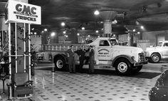 Chicago Auto Show - 1951