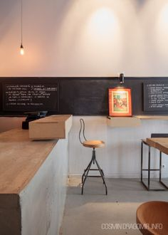SMALL WINE SHOP BY ARCH.CHRISTIAN BEROS . BUCHAREST . 2012 .