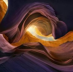 Hotels-live.com/cartes-virtuelles #MGWV #F4F #RT A place from another planet! - Waves Of Rocks Arizona Canyon   The undulating strata and spectrum of colors found in the sandstone walls of the Wave date back to the Great Pangean Desert of the Jurassic Period about 160-180 million years ago. Wind and water erosion carves smooths and reveals the layers of sand left here in great dunes and then compacted and mineralized (colors) into stone. While the Wave is a smooth polished bowl of striped…