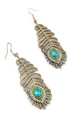 Peacock Feather Earrings ♥ ~ Once again: beautiful earings; hair nightmare.