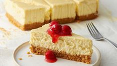 Loaf Pan New York-Style Cheesecake Easy Desserts, Delicious Desserts, Dessert Recipes, Spring Desserts, Small Desserts, Cupcake Recipes, Dessert Ideas, Valentine Desserts, Sweet Desserts