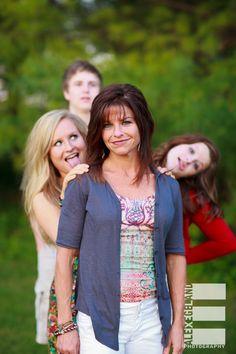 Family Portrait Photography Pose