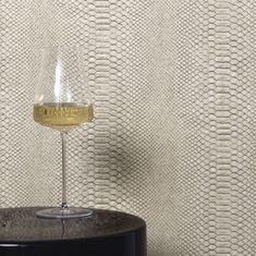 Arte behang Python 10409 Black Wallpaper Bedroom, Masculine Bathroom, Python, Modern Basement, Cozy Place, Closet Bedroom, Rustic Industrial, Wall Colors, Home Interior Design