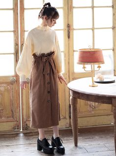 Long Skirt Fashion, Korean Fashion Dress, Ulzzang Fashion, Korean Outfits, K Fashion Casual, Cute Fashion, Fashion Outfits, Classy Fashion, Fashion Spring
