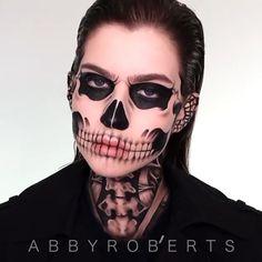 Scary Makeup, Clown Makeup, Costume Makeup, Makeup Eyes, Amazing Halloween Makeup, Creative Makeup Looks, Makeup Designs, Fantasy Makeup, Aesthetic Makeup