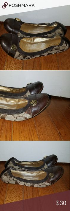 Coach Brown Signature Ballet Flats Size 7 In Good Pre-owned Condition! Size 7. Fast Immediate Priority Shipping! Please visit my closet for additional designer items. Thank you. Coach Shoes Flats & Loafers