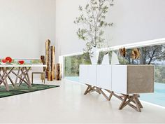 Lacquered sideboard with doors SAGA Les Contemporains Collection by ROCHE BOBOIS | design Christophe Delcourt