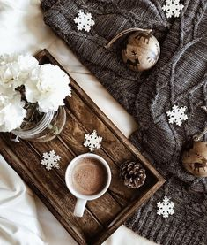 Are you looking for ideas for christmas aesthetic?Check this out for cool X-Mas ideas.May the season bring you peace. Merry Christmas, Christmas Mood, Christmas Photos, Christmas And New Year, All Things Christmas, Coffee And Books, Coffee Love, Coffee Coffee, Christmas Flatlay