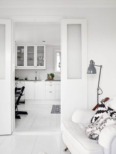 White interior. Minimalist style is one of the crowning architectural achievements of the 20th century. Minimalism is charming in almost any space. Simplicity and elegance in furniture and decor choices. Check out http://www.pinterest.com/homedsgnideas/ for more amazing ideas.