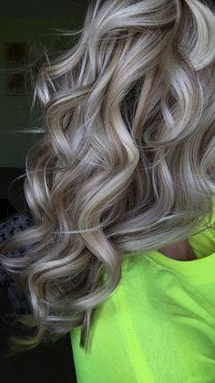 Silver Blonde Hair, Long Gray Hair, Hair Color And Cut, Hair Color Highlights, Great Hair, Hair Today, Gorgeous Hair, Hair Looks, Hair Lengths