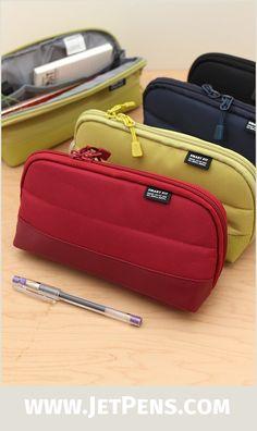 Lihit Lab Compact Pen Case Smart Fit ACTACT Black A7687-24-y