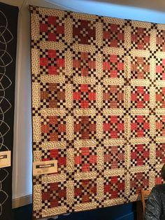 Humble Quilts: Aurora Quilt Show and Book Sale Friday Colchas Quilt, Scrappy Quilts, Mini Quilts, Baby Quilts, Quilt Blocks, Patchwork Quilting, Antique Quilts, Vintage Quilts, Primitive Quilts