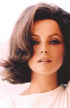 flip style haircuts 1960 s s hairstyles click pic to see s 6287