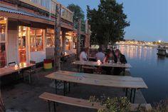 Unique hotspot cafe & restaurant 'Hannekes Boom' | #Amsterdam