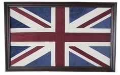 Union Jack bilde er et tøft og flott blikkfang på veggen. Bildet motivet er laget i velour stoff og bildet har en mørkbrun treramme som er 8 cm bredt.   Mål:  Høyde 105 cm Bredde 166 cm Dybde 5 cm Union Jack, Flag, Country, Art, Pictures, Art Background, Rural Area, Kunst, Science