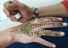 Henna Tattoo Kit Walmart : Acrylic henna hand google search earth to henna? pinterest
