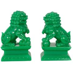 Pair of Bright Green Foo Dogs    http://www.chicshopla.com/collections/pretty-little-things/products/pair-of-bright-green-foo-dogs#