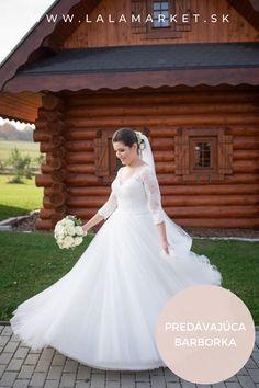 Cena: 150 € Silueta: A-Línia Veľkosť na štítku: 38 (EU) Značka/dizajnér: @monica_loretti Stav: Použité (oblečené na svadbe) #svadobnesaty #svadba #nevesta #weddingdress #wedding #bride #weddingoutfit #slowfashion Silhouettes, Wedding Dresses, Fashion, Bride Dresses, Moda, Bridal Gowns, Fashion Styles, Weeding Dresses, Silhouette