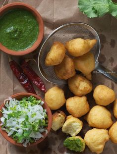 Mangodi / Moong daal -Yellow Lentil fritters with Grated Radish & Chille chutney