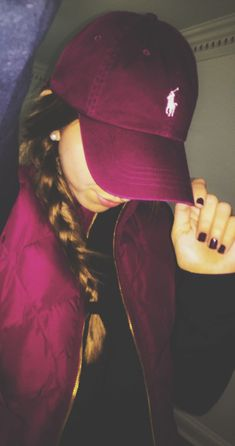 *ISO maroon polo hat Just looking for I do not own this. Any help would be helpful only looking for this color Polo by Ralph Lauren Accessories Hats Tomboy Fashion, Look Fashion, Autumn Fashion, Womens Fashion, Fashion Trends, Pastel Outfit, Fall Outfits, Summer Outfits, Cute Outfits