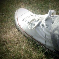 MY CONVERSE - White canvas shoe...