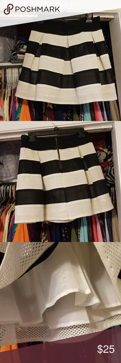 cb57e99cfb Umgee Stripped Black & Cream Skirt Sz. L NWOT Beautiful Umgee Stripped  Black & Cream