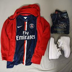 Outfit grid - Red hooded rain jacket