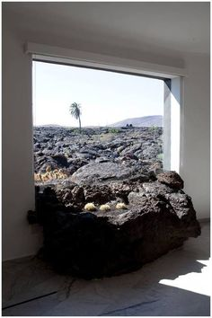 The César Manrique Foundation is located in the studio-home that the artist lived in, situated in Taro de Tahiche (Lanzarote). Lanzarote is one of the Canary islands off the coast of West Africa administered by Spain. Tenerife, Mother Earth, Mother Nature, Lava Flow, Canary Islands, Big Island, Natural Disasters, Science And Nature, Amazing Nature
