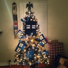 Exploding TARDIS Christmas tree with weeping angel topper!