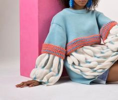 Mao Tsenchang, BA (Hons) fashion textiles London college of Fashion Knitwear Fashion, Knit Fashion, Fashion Textiles, Moda Crochet, Knit Crochet, London College Of Fashion, Fashion Details, Fashion Design, Fabric Manipulation