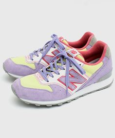 Colourful kicks to defend against the grey weather. -New balance×GLR