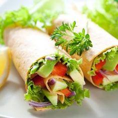 Rolls veggies con rapiditas light + palta + tomate + lechuga + cebolla morada + honey mustard Súper prácticos para llevar al trabajo o a la facu