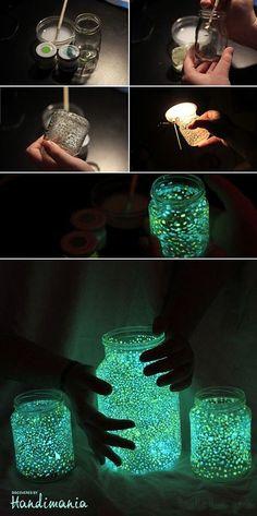 Awesome Glow-In-The-Dark Mason Jars