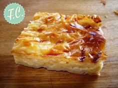 ΣυνταγήΤυρόπιτα με Κρέμα Μπεσαμέλ - Συνταγές μαγειρικής , συνταγές με γλυκά και εύκολες συνταγές από το Funky Cook