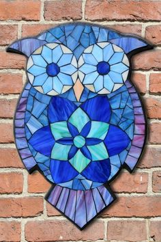Student Work from a Kasia Mosaics Stained Glass Mosaic Owl Workshop - Owl Mosaic by Agnes. Sign up for an All Level Class via www.kasiamosaics.com