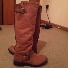Steve Madden riding boots Real Steve Madden boots, lightly worn during one winter, tan/light brown color, comfy and warm, good for dressing up, 1/2 inch heel, come up just below the knee, zipper in the back, size 8 Steve Madden Shoes
