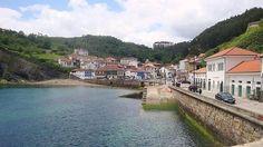 Cinco pueblos marineros asturianos para perderse. En la imagen, el paseo costero de Tazones.