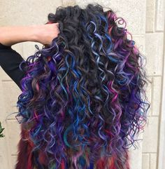 Hair Color 2018 Many Colors For Long Curly Hair ❤️ Dark purple hair: let us discuss the basics at first. This hair color is unnatural, that is, you cannot meet anyone who was born with such hair color. So, to get it, you need to get your hair dyed. Dyed Curly Hair, Colored Curly Hair, Long Curly Hair, Curly Hair Styles, Natural Hair Styles, Deep Curly, Hair Dye Colors, Cool Hair Color, Dark Purple Hair